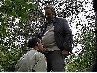 DZIADKI W LESIE 67 blowjob (gay) daddy (gay) masturbation (gay)
