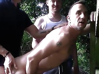 cruising with a lot of men amateur (gay) blowjob (gay) fat (gay)
