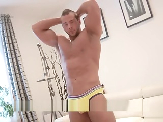 Maskurbate French Bodybuilder Flexes & Jacks Until he Cums on Abs! 6:05 2019-05-22