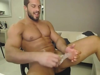 Muscle Guy Having A Good Time Stroking His Big Dick For A Satisfying Cum 5:20 2019-05-23
