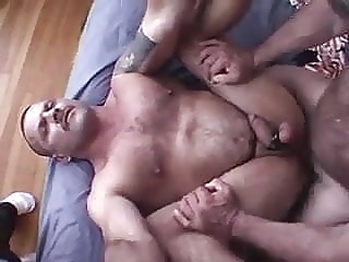 Mack big bear bareback bear blowjob
